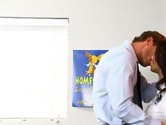 teacher shafts student