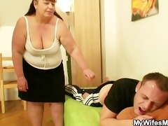 whilst his wife away he is nails her fat mamma
