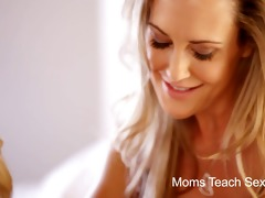 mommys educate sex - mommy and not her daughter