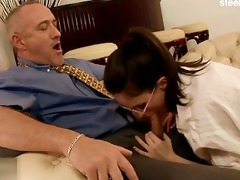 311 year old beauty engulfing penis