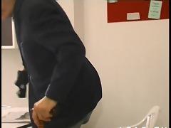 jeune francaise sodomisee au pressing avec papy